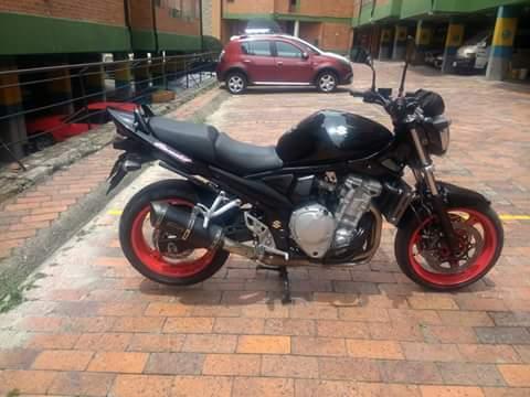 Moto bandit 650 buenas condiciones