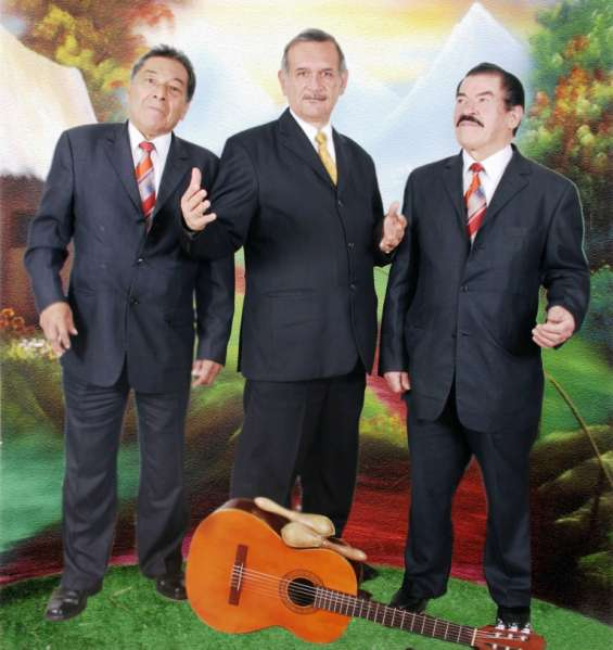 Trio musical bogota, musica de cuerda, tangos, boleros, baladas
