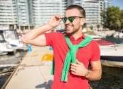 Ropa para mujeres y hombres en sus colores personalizados