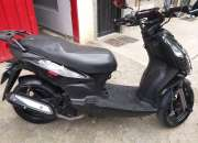 Moto Dynamic R 125 color negro
